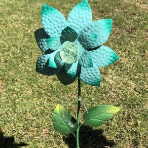 Glow-in -the Dark Metal Flower